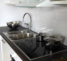 Hyvinvarustellut keittiöt