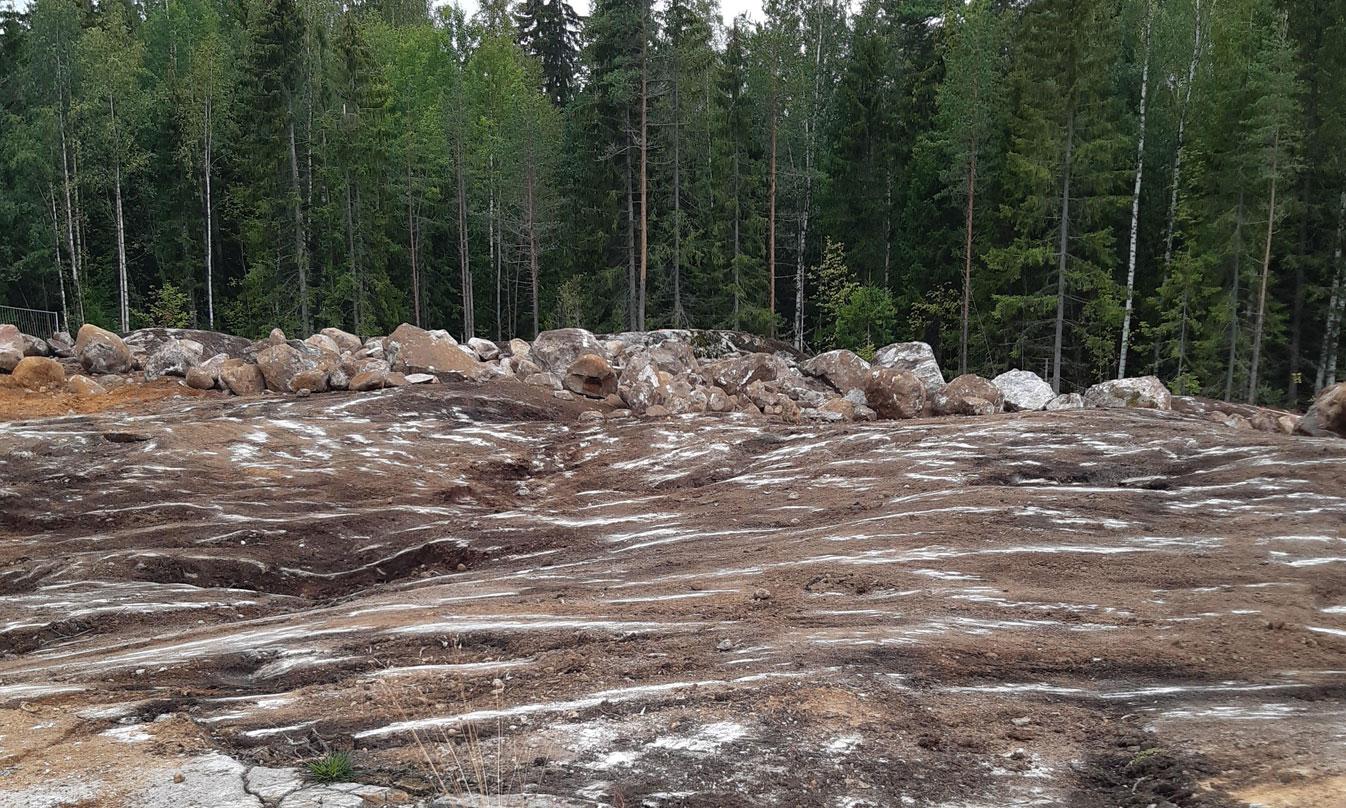 Söderkullan Pistaasin ja Pekaanin pohjien kaivuutyöt